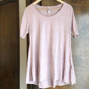 Light heather pink t-shirt